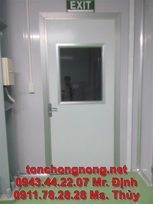 cửa kho lạnh phòng sạch